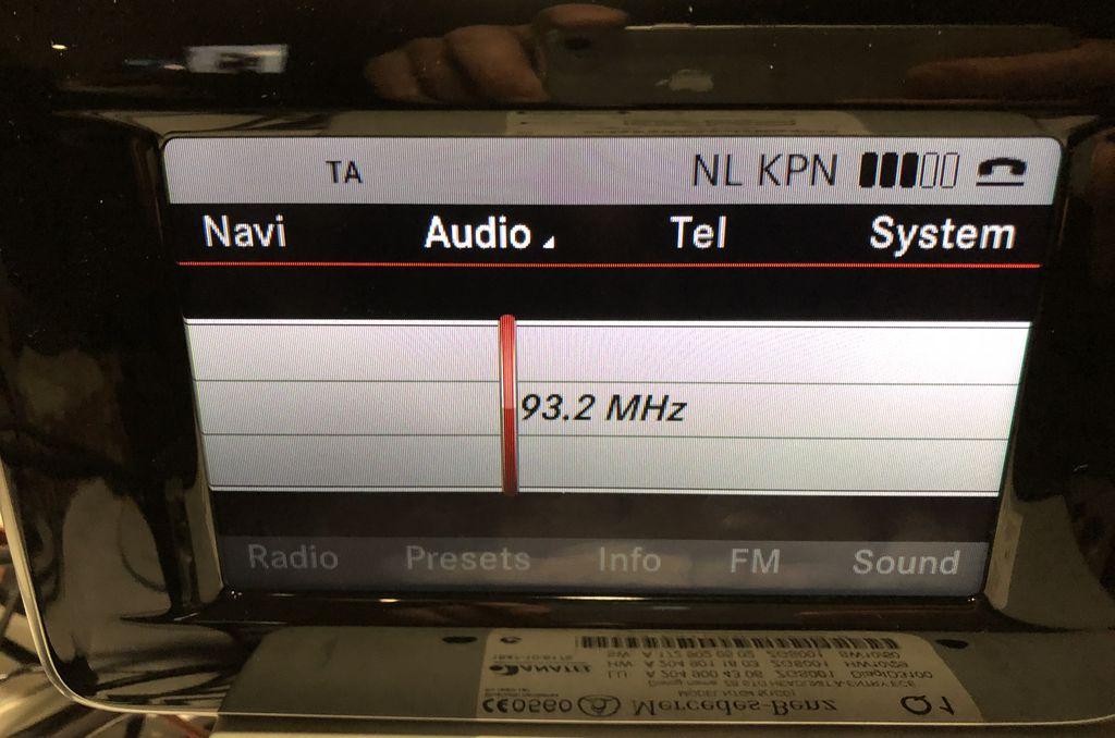 Radio silver design