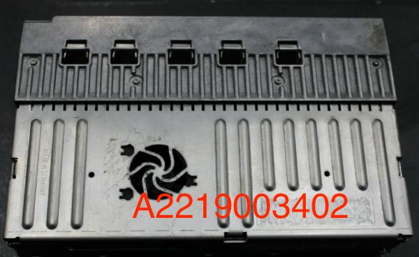 A2219003402 2219003402 amplificateur classe s 221 cl 216