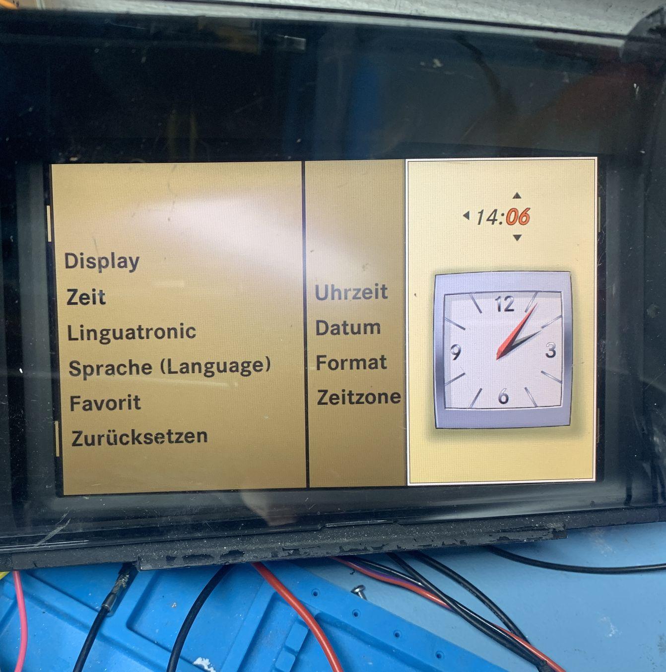 Imposta l'ora del comando NTG3 manualmente